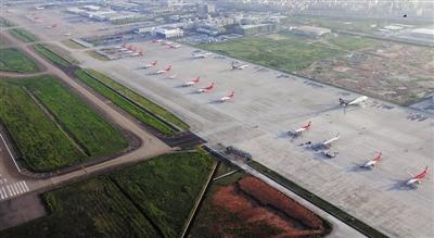 深圳机场一跑道东南侧停机坪工程